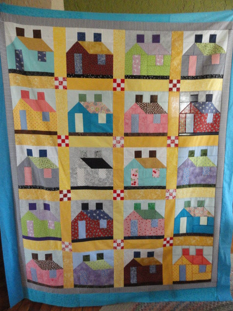 Scrappy Houses quilt