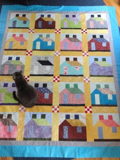 Scrappy house quilt & cat